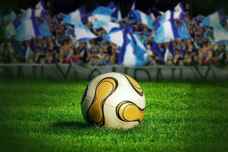 フィールドのボール